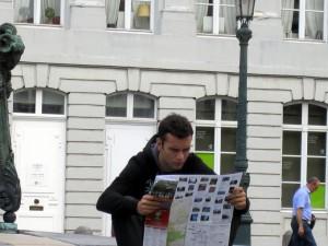 Imagen de Oropesa en Bruselas completamente perdido